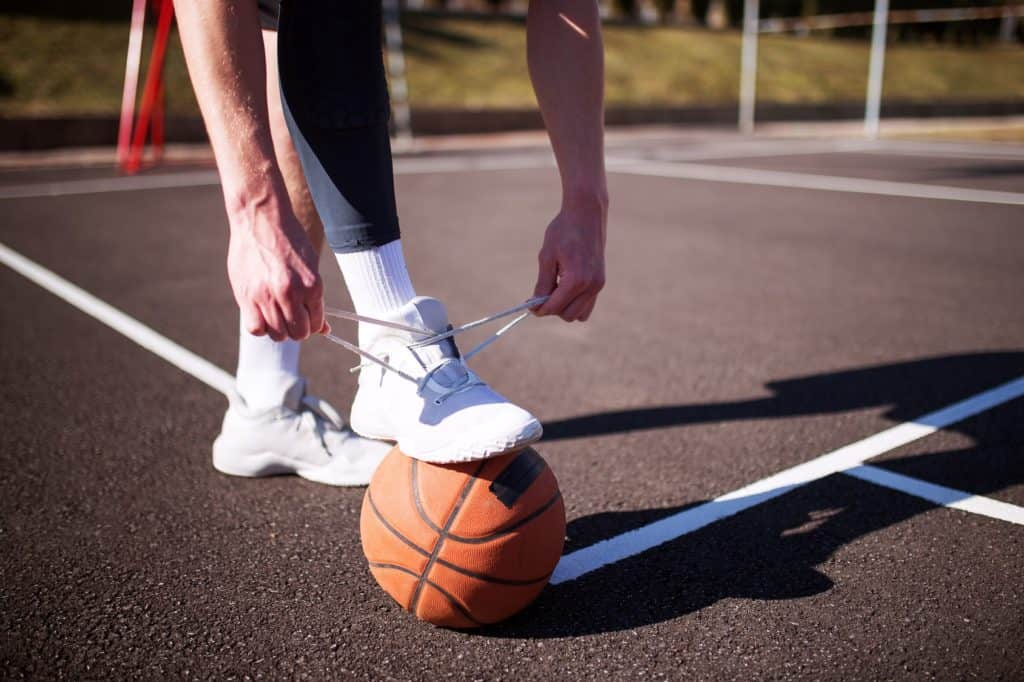 Basketball shoes for ankle support